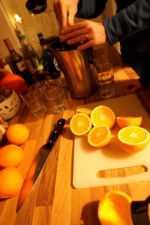 Orangensaft-pressen
