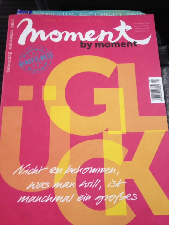 moment by moment magazin