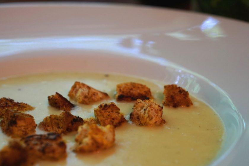 Kartoffel und Pastinake Suppe